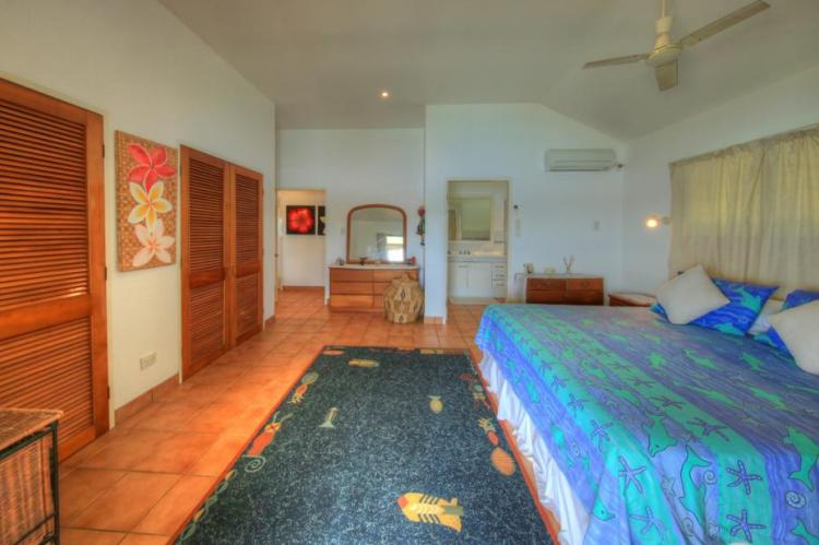 Master bed room, HAKULA LODGE, Vavau, Tonga